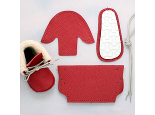 first-baby-shoes-red_1.jpg